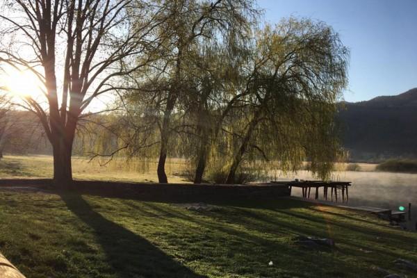 gostilnica-jezero-0016F216BE1-6147-2CB8-25B7-6A945586B0CB.jpg